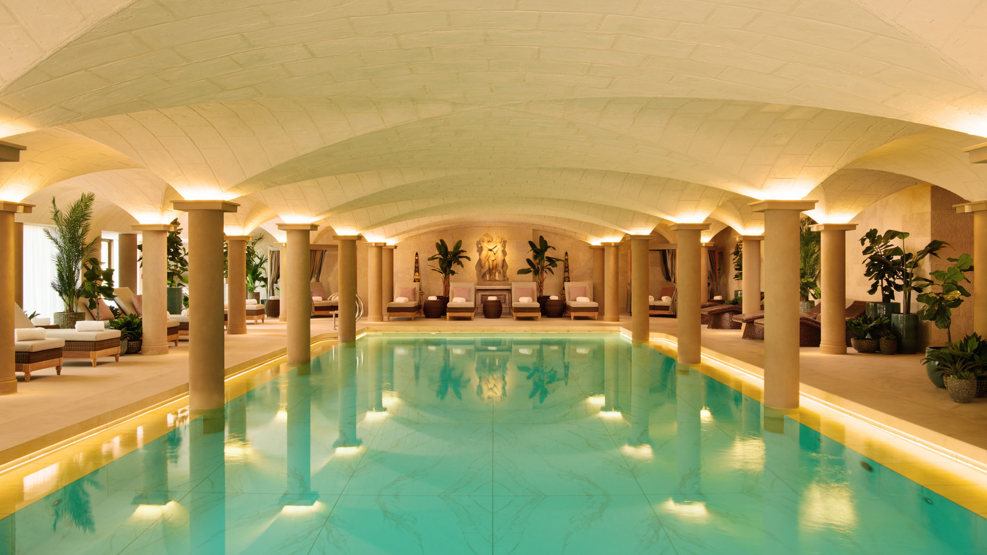 World's Most Awesome Swimming Pools: Grantley Hall Yorkshire