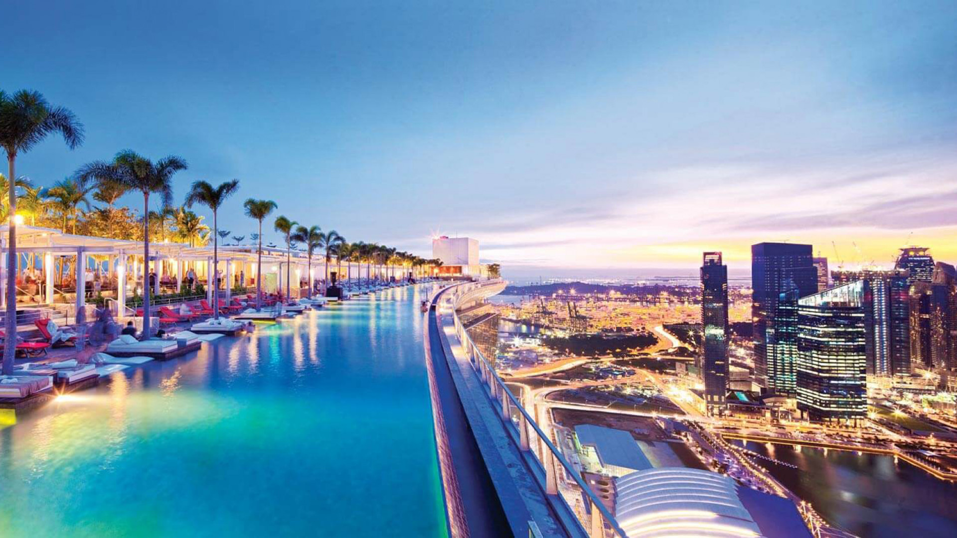 World's Most Awesome Swimming Pools: Marina Bay Sands Hotel Singapore