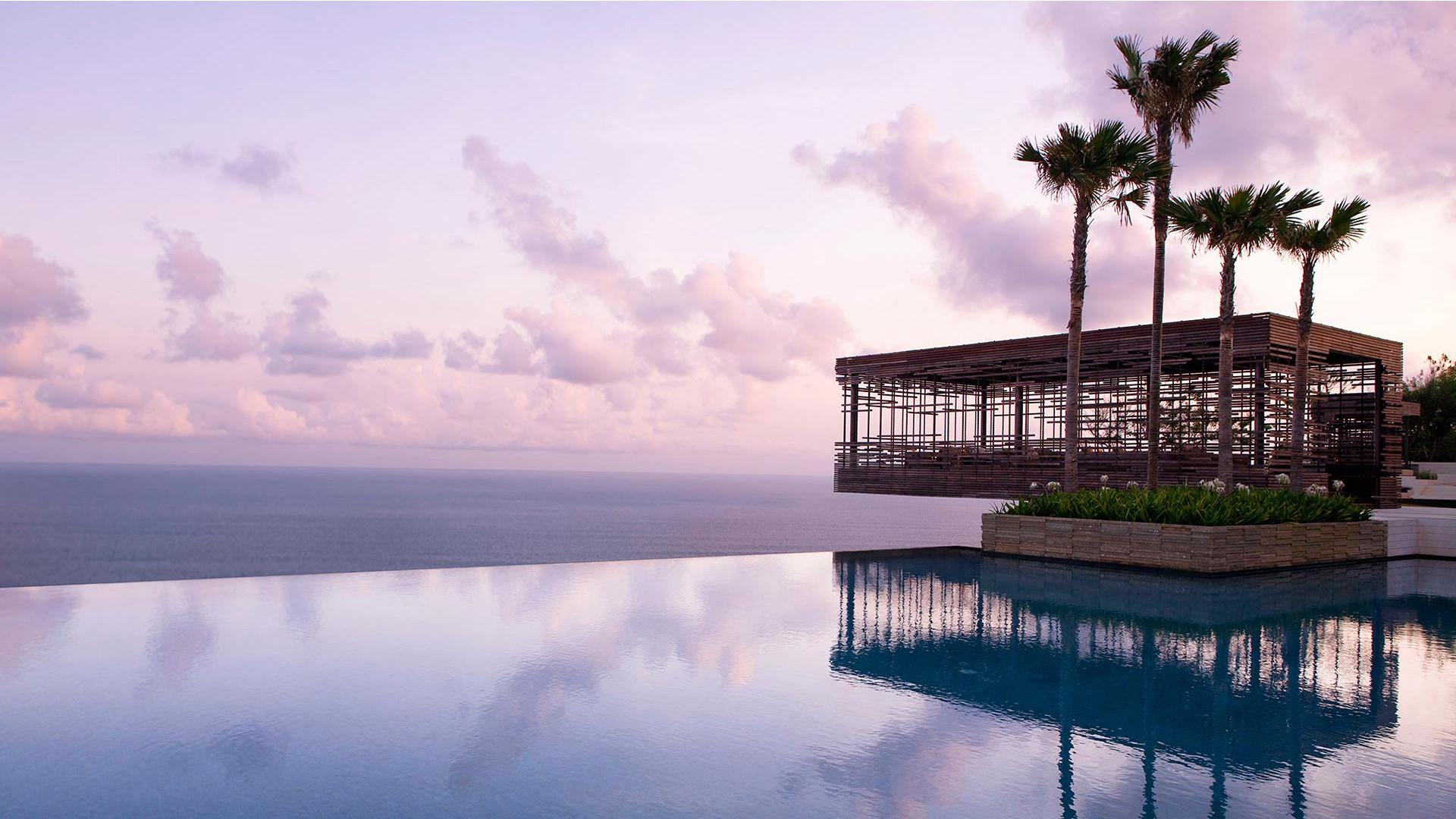 World's Most Awesome Swimming Pools: Alila Villas Uluwatu Bali