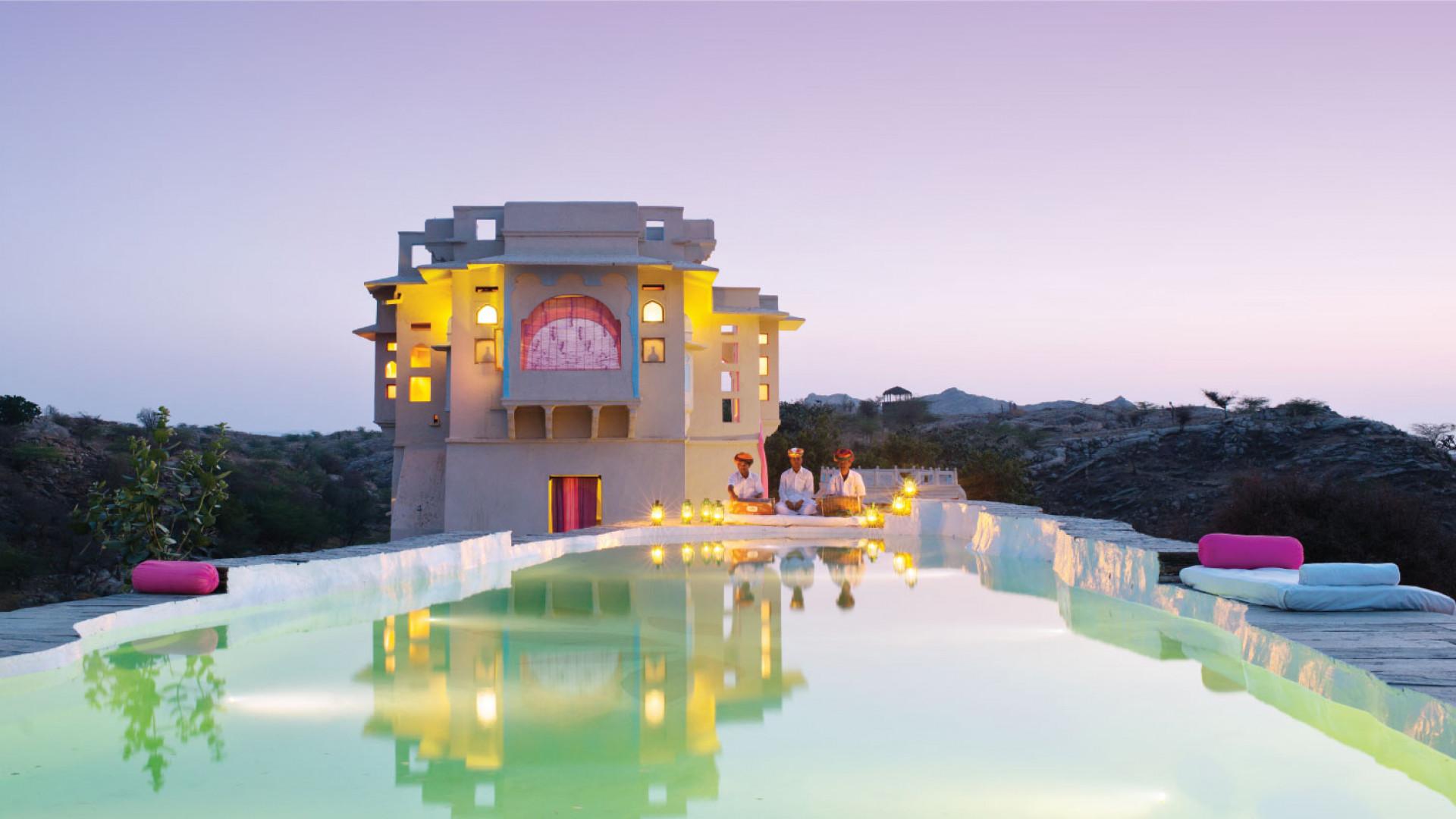 World's Most Awesome Swimming Pools: Lakshman Sagar Resort Rajasthan