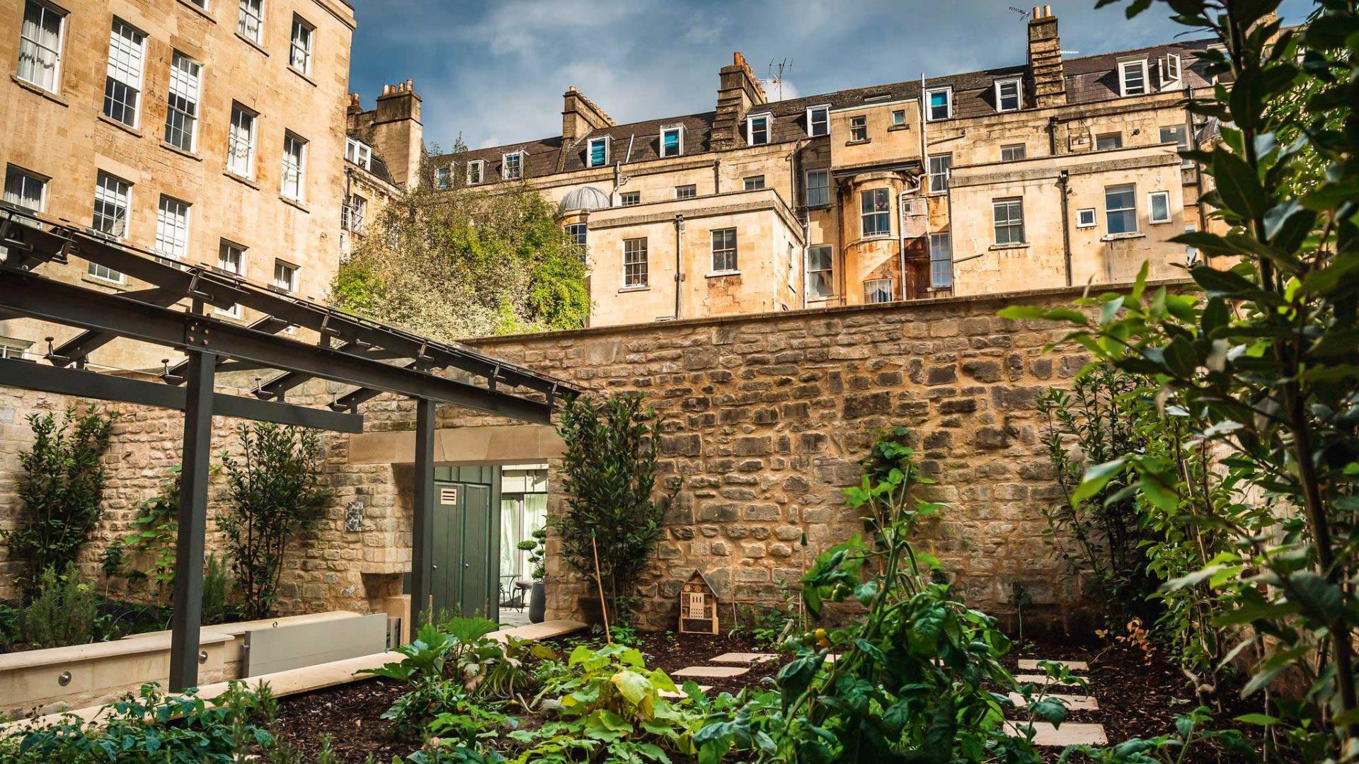 Hotel Indigo Bath: the garden