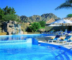 Hatta Fort Hotel - Rool Pool View (600 x 500)