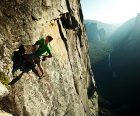 Alex Honnold climbing in the Netflix film Valley Uprising