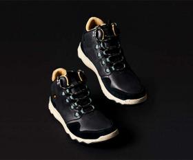 Teva Arrowood Lux Mid WP boots