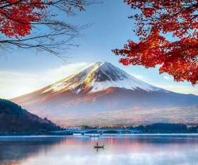 Colourful autumn season and Mountain Fuji with red leaves at lake Kawaguchiko