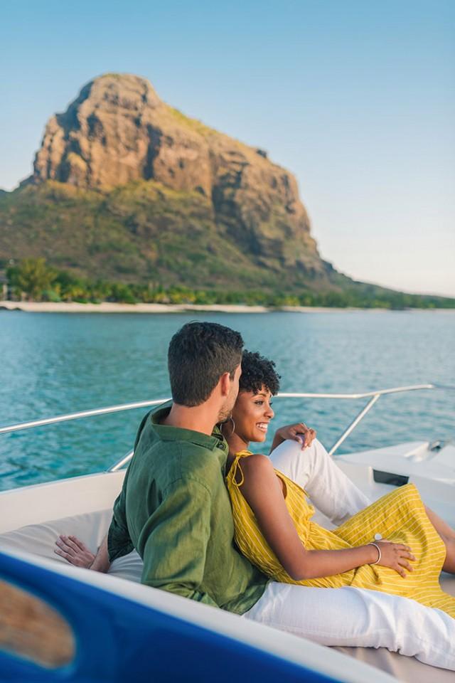 Honeymoon at Beachcomber resort