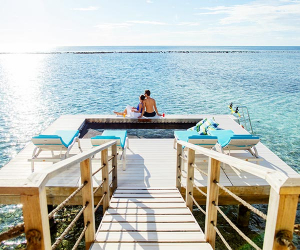 Overwater deck at Holiday Inn Kandooma Maldives