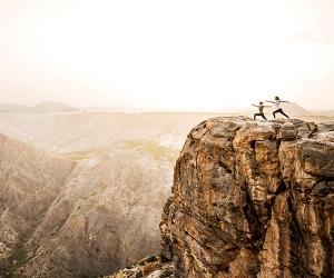 Clifftop yoga in Oman