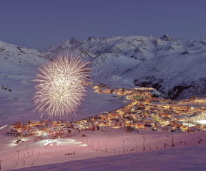 Skiing in Alpe D'Huez with Crystal